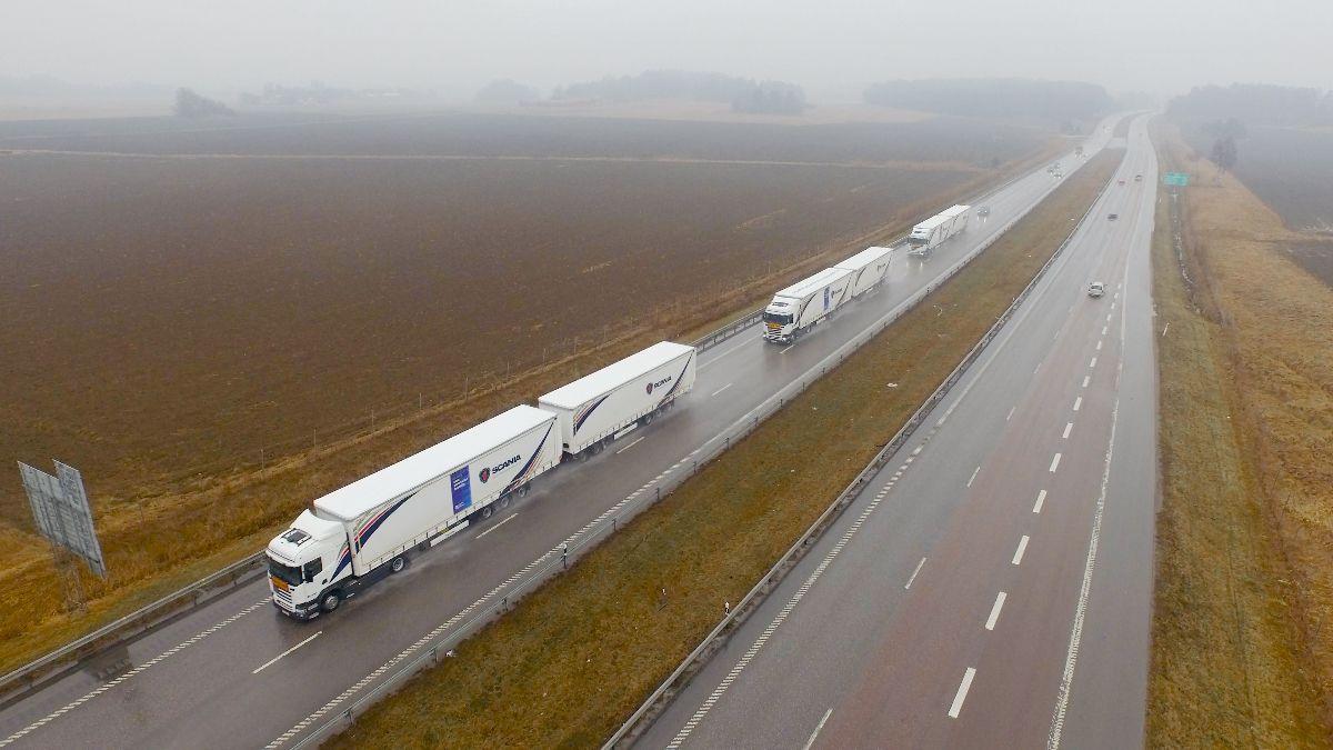 Un pelotón de camiones autónomos a través de Europa