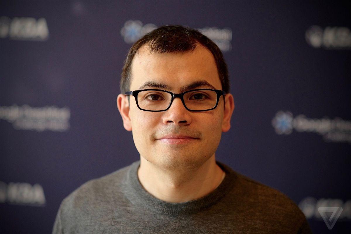 AlphaGo no descansa, no se inmuta, no festeja. Solo mejora.