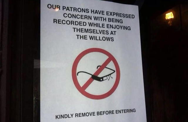 the-willows-bar