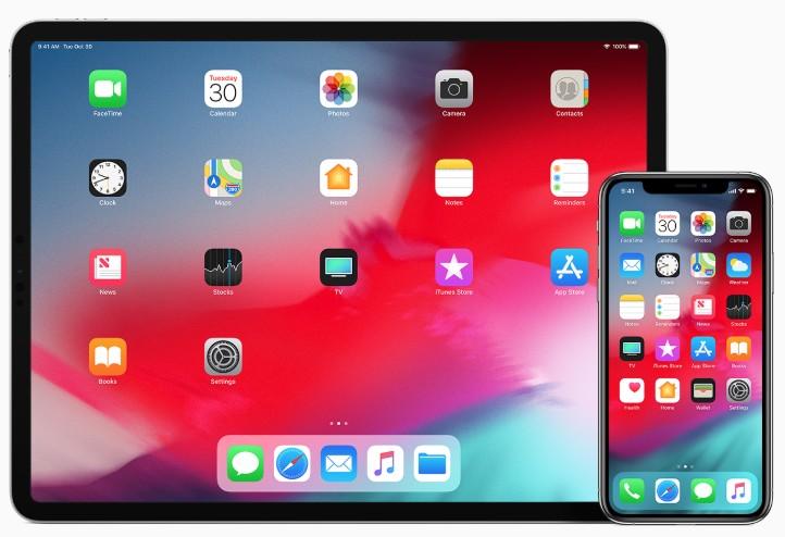How to Create App Folders on iPhone | Ubergizmo