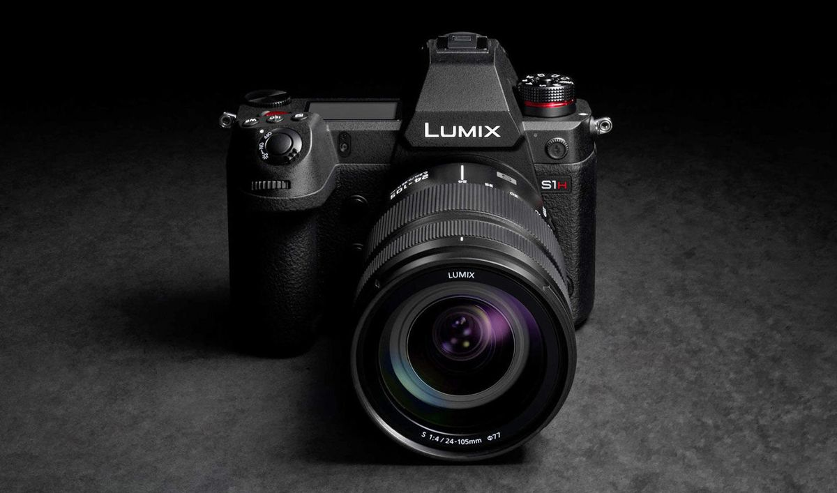 Panasonic's Latest Mirrorless Camera Can Shoot Videos In 6K