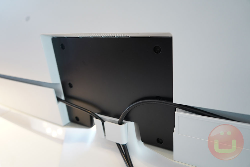 Alienware 55 OLED Gaming Monitor: An Awesome First | Ubergizmo