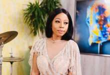 Photo of Kelly Khumalo Talks Dissociating From Zandie Khumalo And The Viral Crying Video