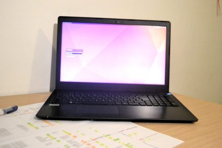 Analizamos el portátil newMOOVE fHD de VANT PC
