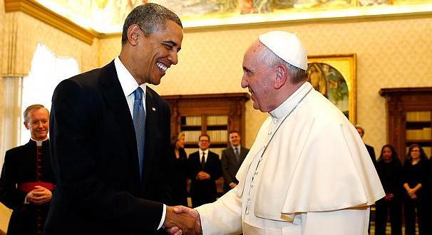 كلمات أوباما العفوية إلى البابا: كلماتك ستكون عونًا لي عندما أشعر بالإحباط