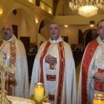 مرور 36 عاما على خدمة الأب القزي الكهنوتية
