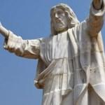 أكبر تمثال للمسيح في أفريقيا