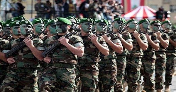 احتفال بعيد الجيش في رحبة ووضع اكاليل على نصب الشهداء