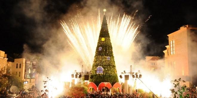 بلدية جبيل اضاءت شجرة وزينة الميلاد الحواط: جبيل مدينة التلاقي والعيش الواحد والنجاح والإبداع