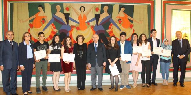 9 طلاب نالوا جائزة ميشال شيحا للعام 2017 وتشديد على اهمية الحوار والادارة الديموقراطية للتعددية