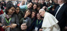 البابا فرنسيس: الدرب هي مع الشباب