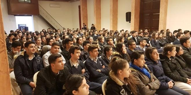 """""""لابورا"""" تنظم لقاءات توجيهية في مدارس البقاع"""