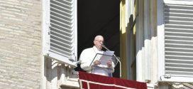 البابا فرنسيس: لتساعدنا العذراء مريم لكي نُعدَّ يومًا بعد يوم درب الرب