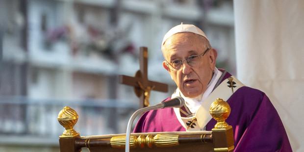 ما هو الأمر الملحّ الذي طلبه البابا من المسيحيين؟…اذهب وسل أمك، أباك، عمتك، عمك، جدتك أو جدك!!!