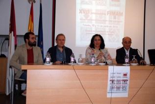 Participantes en la presentación del foro