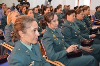 Representación de mujeres guardias civiles participantes en la jornada