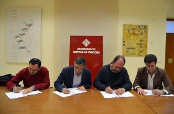 El vicerrector de Profesorado firmó el Plan con los representantes de las organizaciones sindicales