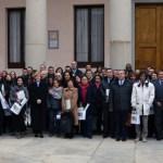 Autoridades académicas y administrativas con los participantes en los tres posgrados