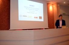 El profesor Jesús Salido presenta el proyecto Sainet