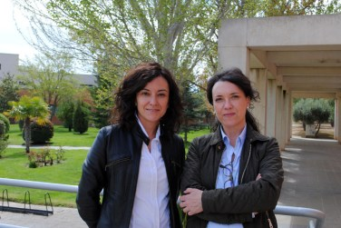 De izqda. a dcha: Saturnina Moreno y Herminia Vergara