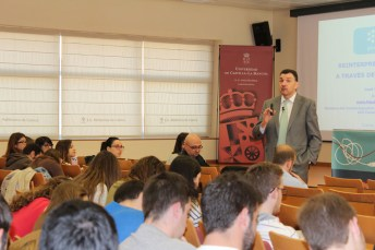 José Manuel Velasco, durante su ponencia