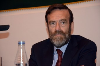 Guillermo de la Dehesa durante su intervención