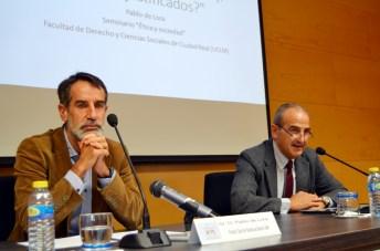 Pablo de Lora y Juan Ramón de Páramo, al comienzo del seminario