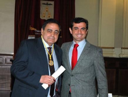 Ramón Varón junto al alcalde de Albacete