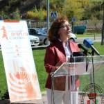 La presidenta de la FAPE, Elsa González, durante la lectura del manifiesto (Imagen de la Facultad de Periodismo de la UCLM)