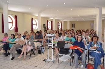 Casi un centenar de personas participan en el encuentro