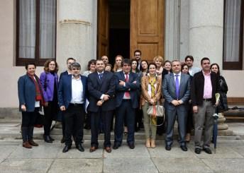 Foto de familia de los participantes en el curso de especialista