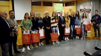 Ganadores del Trofeo rector y representantes académicos © Gabinete de Comunicación UCLM