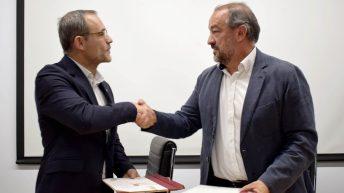La firma del convenio ha tenido lugar en la Facultad de Farmacia © Gabinete de Comunicación UCLM