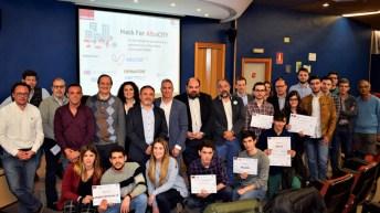Fotografía de grupo: participantes, patrocinadores y representantes institucionales © Gabinete de Comunicación UCLM
