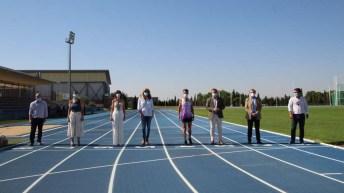 Visita a las nuevas pistas de atletismo de Albacete. © Ayuntamiento de Albacete.