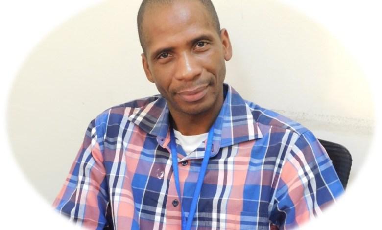 Photo of Dr. Samba Diarra, coordinator of the community engagement activities