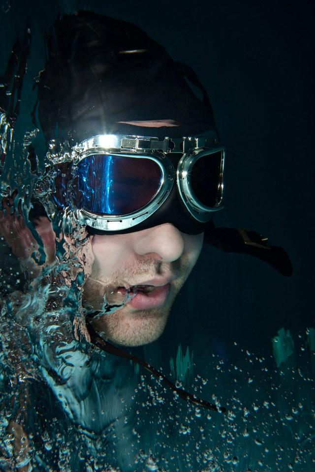 Unterwasser-Portrait-Fotografie-Pilotenbrille
