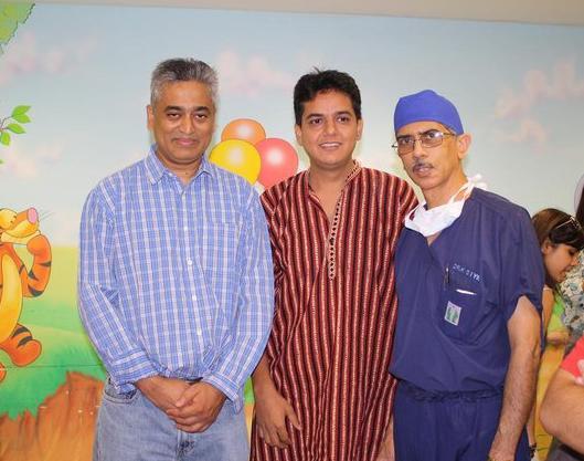 Rajdeep Sardesai along with Rahul Verma ( Co founder, Uday Foundation  and Dr. KS Iyer (Director - Pediatric Heart Surgery - Escorts Heart)