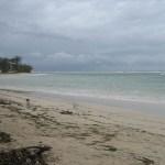 Sebenarnya Pantai Ujung Genteng mirip dengan pantai-pantai lain yang