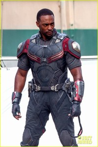 chris-evans-anthony-mackie-get-to-action-captain-america-civil-war-12