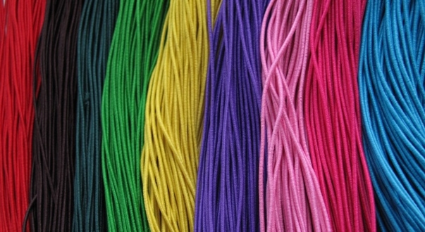 De gekleurde draad