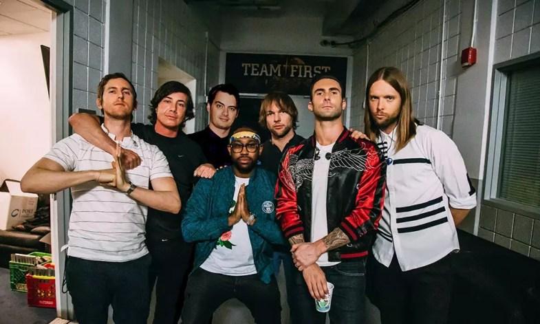 Disparo de prensa de Maroon 5 Memories 2019
