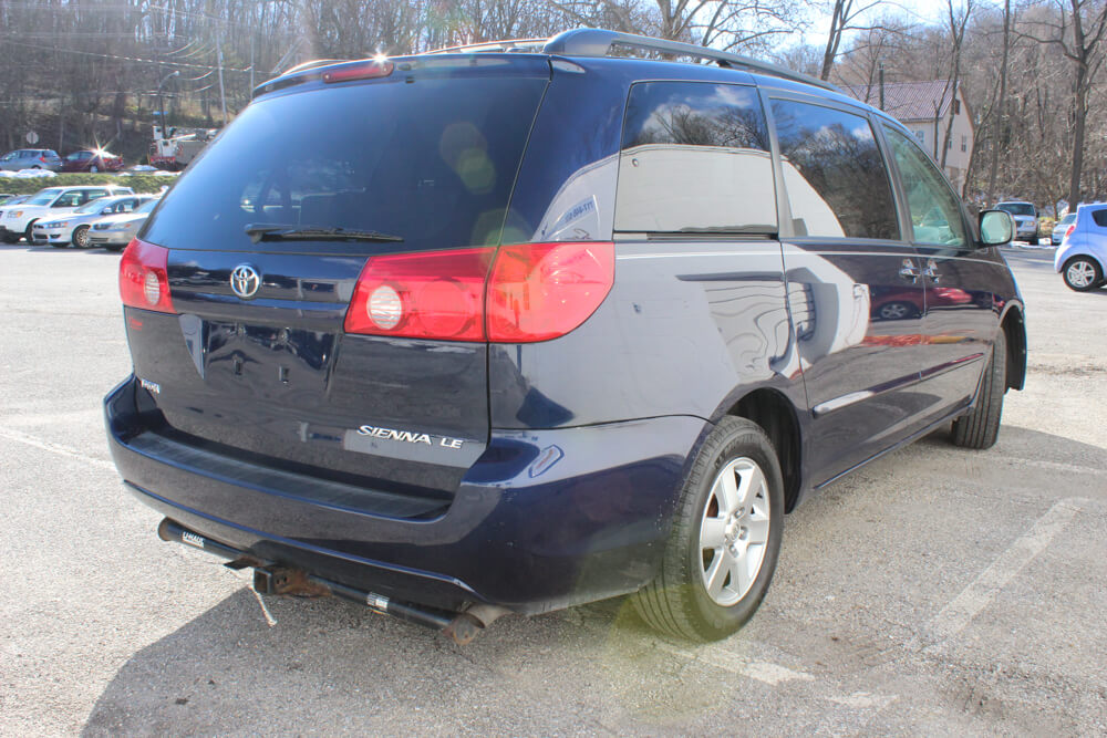 2006 Toyota Sienna Rear Side Buy Here Pay Here York PA