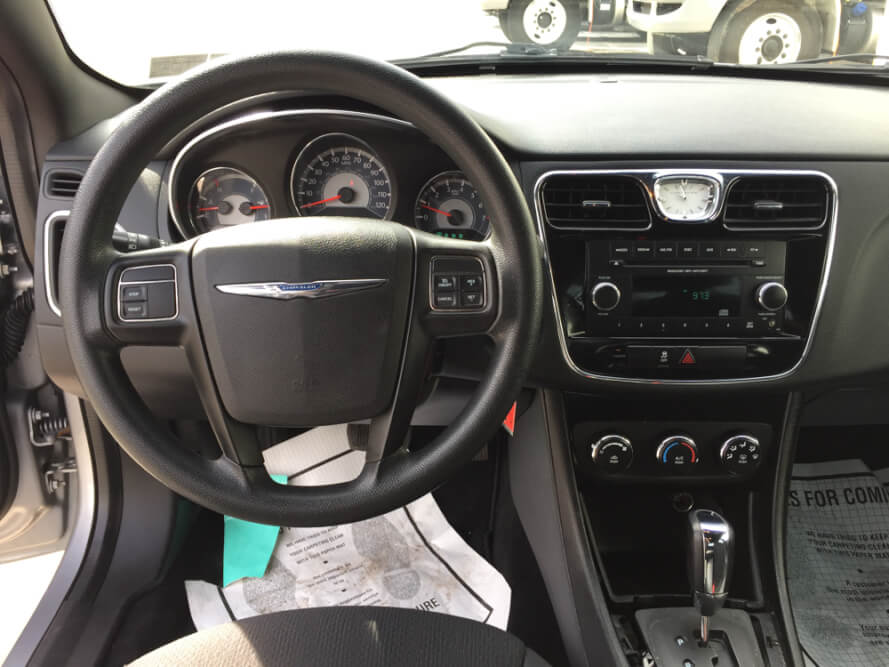 2013 Chrysler 200 Console Buy Here Pay Here York PA