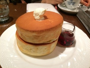 星野コーヒーのパンケーキ