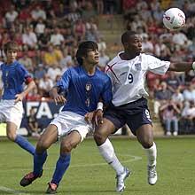 Tuia, qui contro Sturridge con lunder 17, è uno dei migliori prospetti italiani (uefa.com)