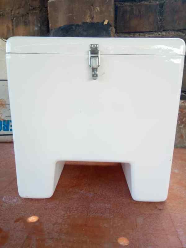 Fibreglass Courier Box