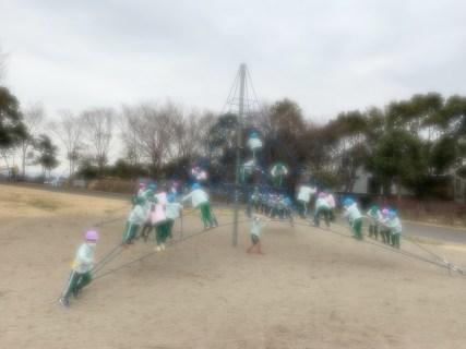 2月26日 年長組お散歩