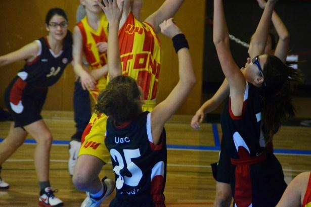 PREINFANTIL FEMENÍ II Font: http://preinffemuesc20142015.blogspot.com.es/