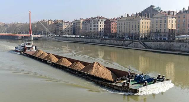 Transport fluvial : une loi pour l'aider à refaire surface ?